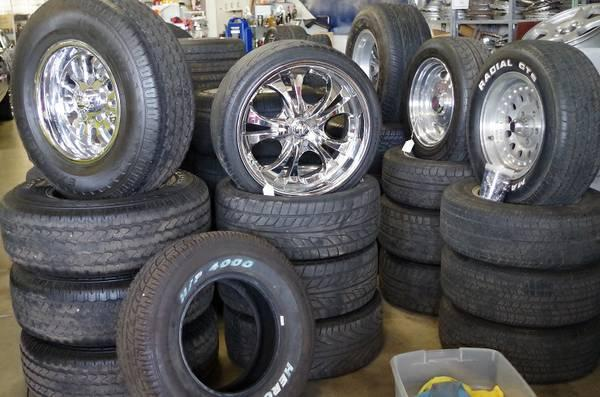 wheels and tires lots to choose from for sale in black walnut missouri classified. Black Bedroom Furniture Sets. Home Design Ideas