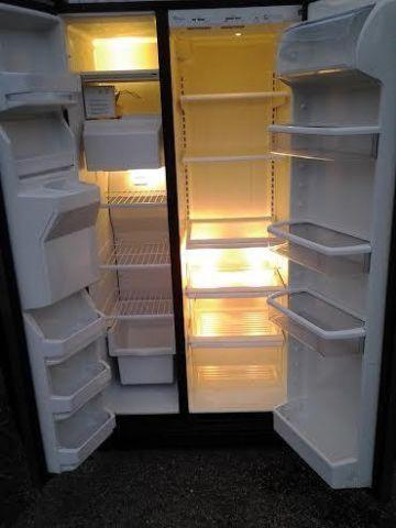 Whirlpool 25 Cu Ft Stainless Side By Side Refrigerator For