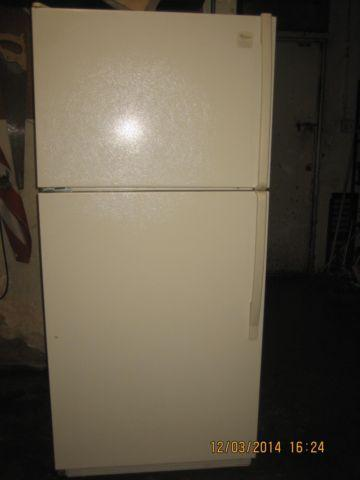 whirlpool apartment size refrigerator top freezer ( tan color) for ...