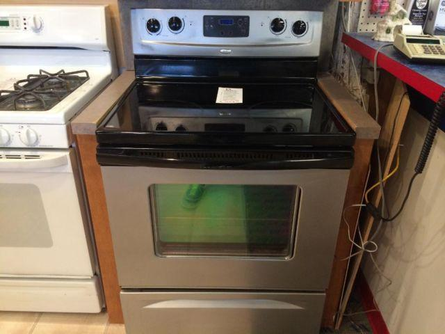 Whirlpool Black Amp Stainless Smooth Top Range Stove Oven