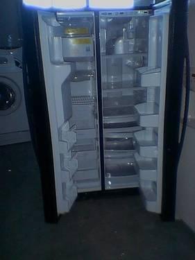 Whirlpool Duet Frontloader Washer  Dryer