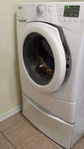 Whirlpool Duet Matched Set Washer Dryer W Pedestals