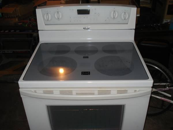 Whirlpool Gold Smooth top Range - for Sale in Schaffer, Michigan ...