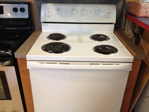Whirlpool Gold Stainless Double Oven Range New For Sale