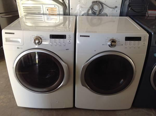 White Frontload Samsung Washer And Dryer For Sale In