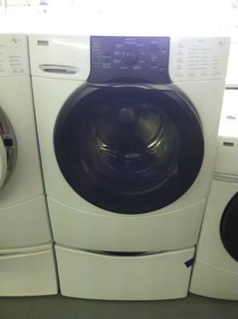 White Kenmore Elite He3t Front Load Washer On Pedestal