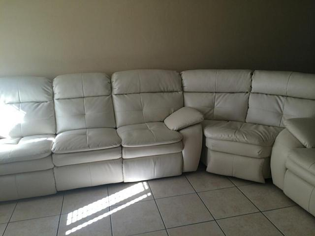 white leather sectional sofa for sale in miami florida classified. Black Bedroom Furniture Sets. Home Design Ideas