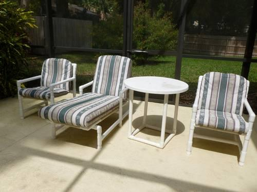 WHITE MODERN PVC PATIO FURNITURE SET