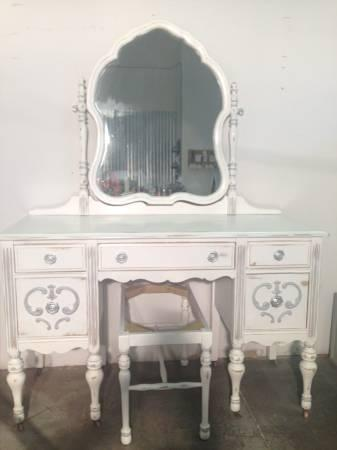 White Painted Antique French Provincial Vanity Desk W