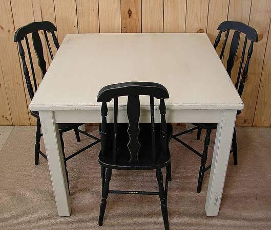 White painted shabby distressed dining table for sale in for Distressed white dining table