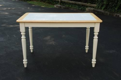 White Tile Top Kitchen Table For Sale In Langhorne Pennsylvania Classified