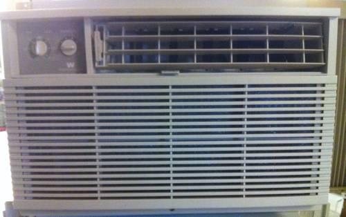 White Westinghouse 10000 10 000 Btu Room Through Wall Air Conditioner