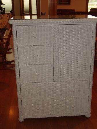 White Wicker Bedroom Furniture - (Ferdinand, IN) for Sale in ...