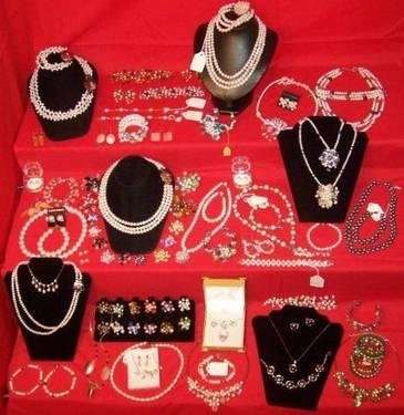 WHOLESALE Liquidation of Hand-Crafted Fashion Jewelry &