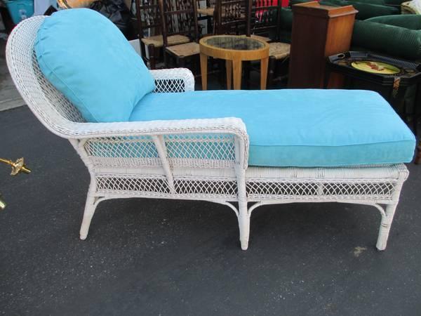 Wicker Chaise Lounge For Sale In Menlo Park California