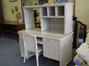 Wicker Desk W Wicker Chair 60 40 Furniture Consignment Pensacola For Sale In Pensacola