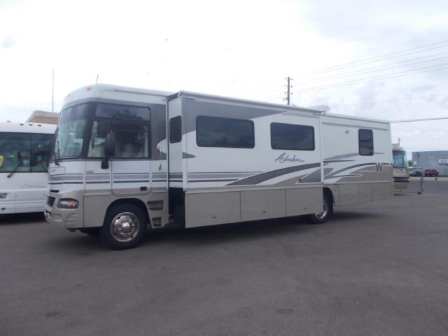 Winnebago Adventurer Double Slide Workhorse Chassis Class