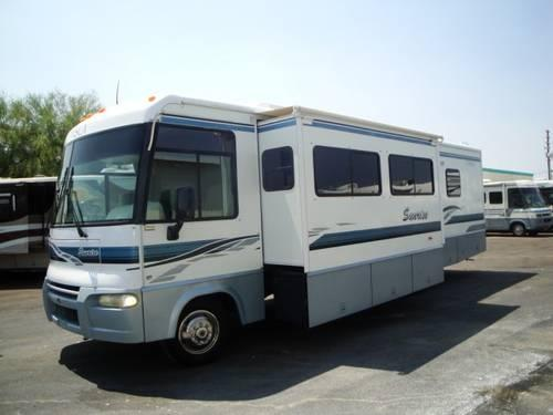 Winnebago Itasca Sunrise RV 32V for Sale in Apache Junction