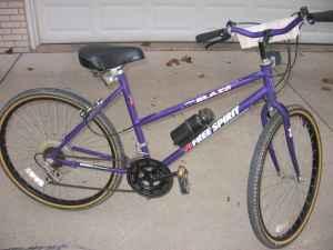 Woman10 Speed Free Spirit Mountain Bike - $40 (Saginaw) for sale in