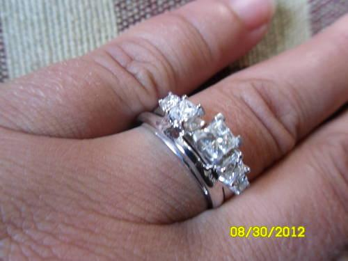 Women S Leo Diamond Ringen Wedding Ring