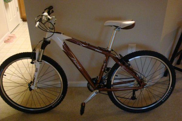 ... Bike For Sale - 550 (Asheville, NC) for sale in Asheville, North
