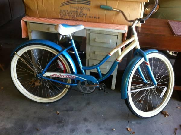Cruiser Bikes Eugene Oregon Women Schwinn Legacy