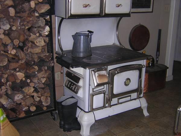 wood burning cook stove for sale in ubly michigan classified rh ubly americanlisted com kitchenaid stoves for sale kitchen stoves for sale cheap