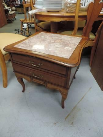Attrayant Wood End Table With Granite Top ~681 For Sale In Arvada, Colorado