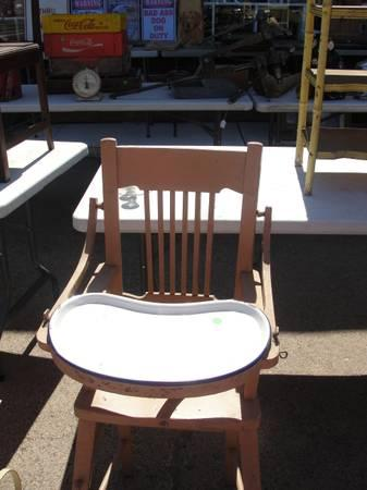 wood high chair with granite tray for sale in rhinelander wisconsin classified. Black Bedroom Furniture Sets. Home Design Ideas