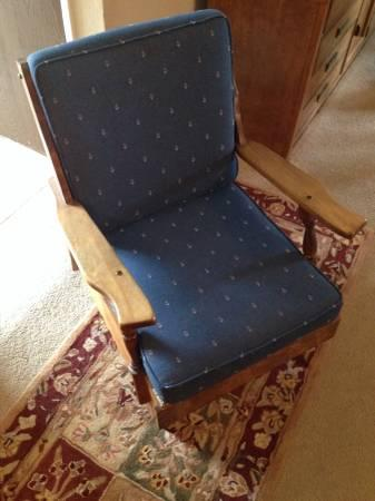 Wood Platform Rocker Rocking Chair With Coil Springs For
