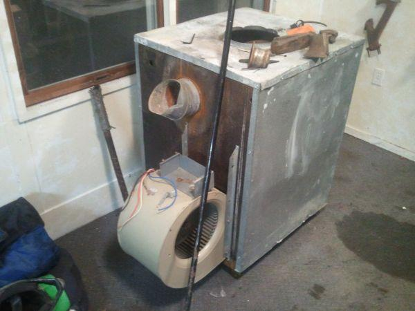 Wood stove - $200 Byron