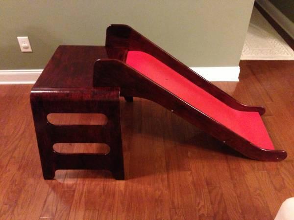 Wooden Indoor Slide   Nice Dark Cherry/mahogany Stain