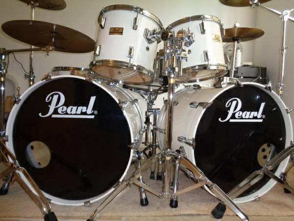 Pearl.De Seriös