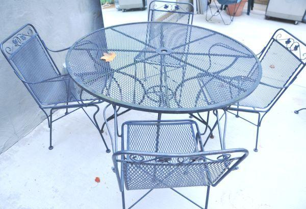 Wrought Iron Umbrella Table Chairs