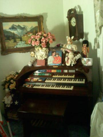 Wurlitzer Organ Model 625 Theater Style $1100 South KC Area