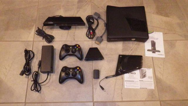 Xbox 360 250 GB Kinect and many extras!