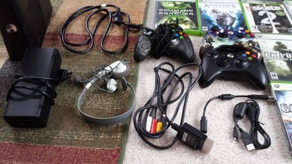 Xbox 360 Elite 4GB 3 Controllers 16 Games - $125