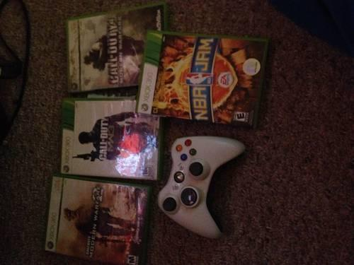 Xbox 360 for sale with games and controllers