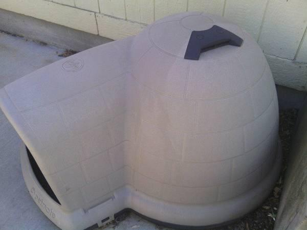 XL Igloo Dog House - $75