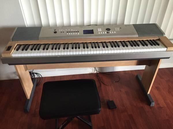 Yamaha 88 Key Weighted Portable Grand Piano