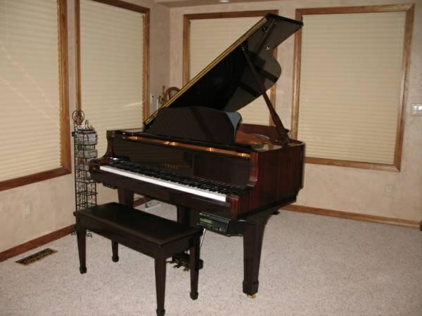 Yamaha dc1a mark iii disklavier baby grand piano for Yamaha disklavier grand piano