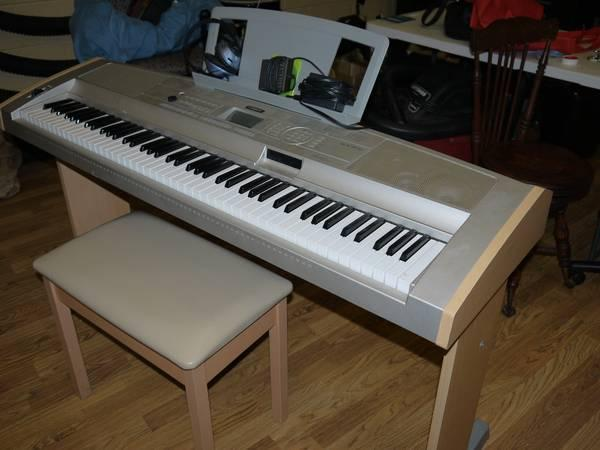 yamaha dgx 500 keyboard amp for sale in pensacola florida classified. Black Bedroom Furniture Sets. Home Design Ideas
