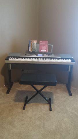 Yamaha DGX -530 YPG 535 Keyboard for sale like new