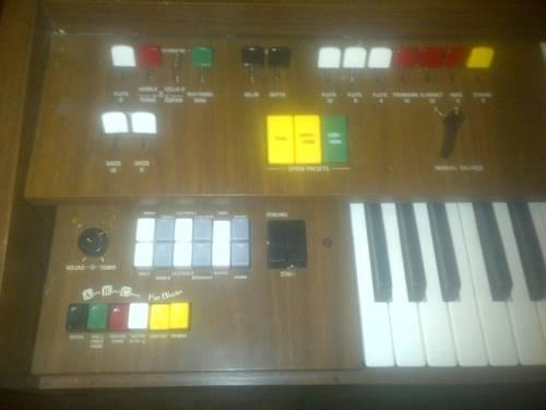Yamaha Electronic Organ PRICE REDUCED