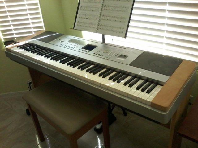 yamaha keyboard dgx 640 for sale in goodyear arizona. Black Bedroom Furniture Sets. Home Design Ideas