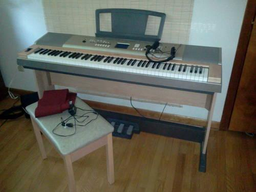 yamaha keyboard with the works ypg 635 model for sale in