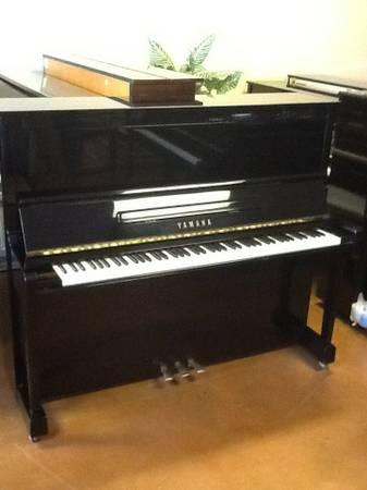 Yamaha player upright Disklavier MX100A basically a U1 - $4600