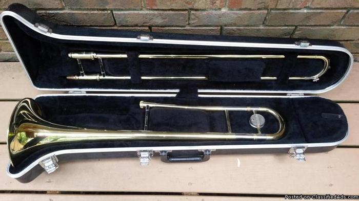 Yamaha trombone w case for sale in birmingham alabama for Yamaha trombone case
