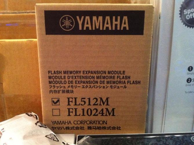 Yamaha Tyros 4 Keyboard in FACTORY BOX wmanuals