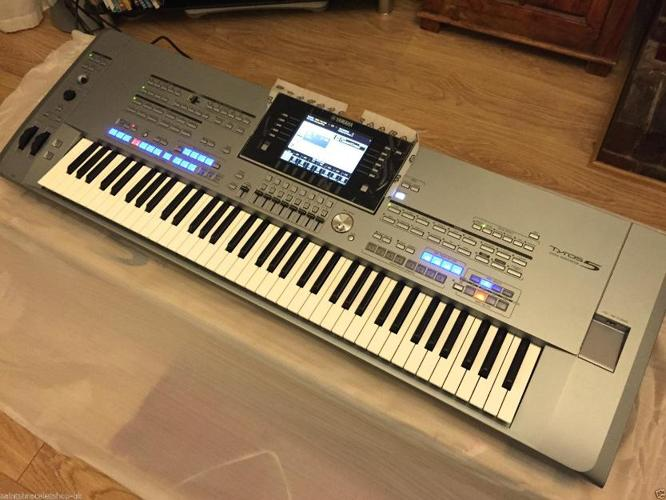 yamaha tyros 5 keyboard 76 keys brand new in box accessories expansion pack for sale in abbey. Black Bedroom Furniture Sets. Home Design Ideas